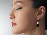Во сколько лет можно прокалывать уши