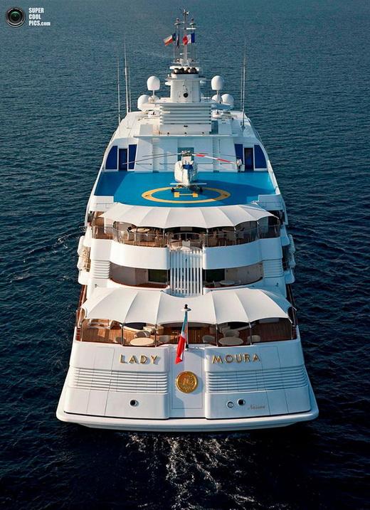 Моторная яхта Lady Moura