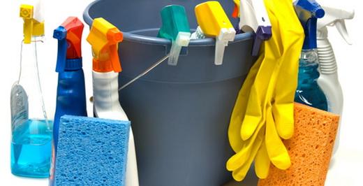 Занятся уборкой квартиры