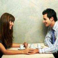 Как общаться с девушкой