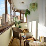 Как украсить балкон
